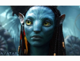 Zoe Saldana As Neytiri In Avatar Wallpapers