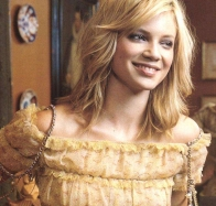amy smart smiling wallpaper