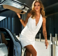rosie huntington whiteley in transformers 3 wallpapers