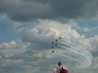 thunderbirds in formation over milwaukee wallpaper